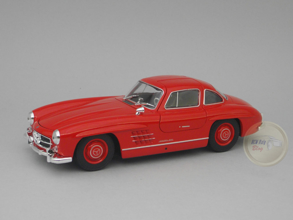 Welly - Mercedes 300 SL - Red - 01